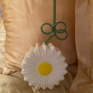 Daisy Sipper Cup